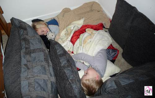 kids making a fort