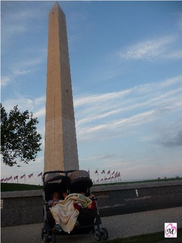 Engineer rappelled while  kids slept at washington monument