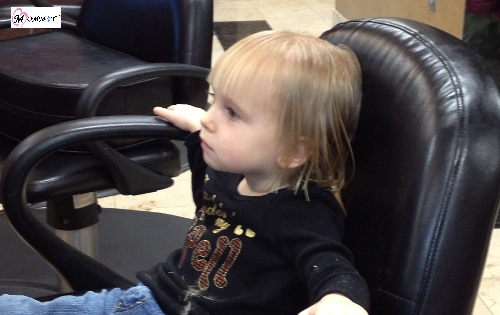 2 year old getting her hair cut