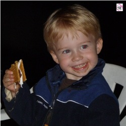 3 year old eating smores